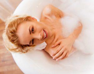 Banheira ou chuveiro? Veja 6 motivos para escolher a banheira.